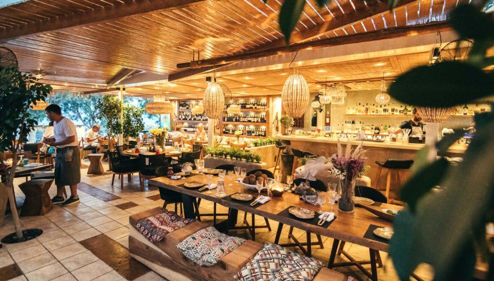 SeaSide by Notos Beach Restaurant