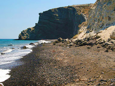 Pori beach santorini